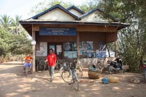 bike-rental-shop-on-koh-trong-island-cambodia
